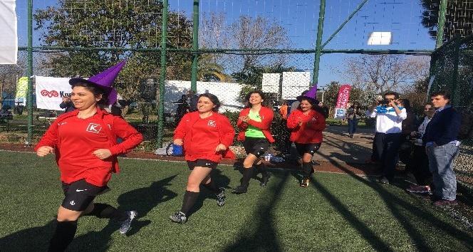 Cadıköy Futbol Takımı, 8 Mart Dünya Kadınlar Günü için sahaya çıktı