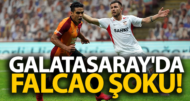 Falcao 2 ila 3 hafta sahalardan uzak kalacak!