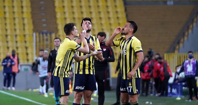 Fenerbahçe, Gaziantep FK maçından 3-1 galip ayrıldı